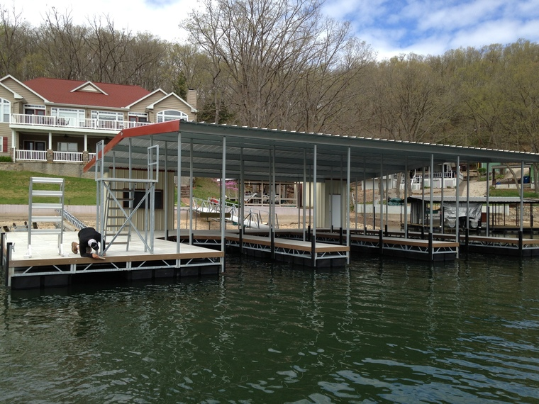 Dock installed, Gravios Mills